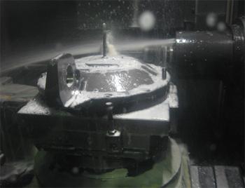 建機部品の切削加工